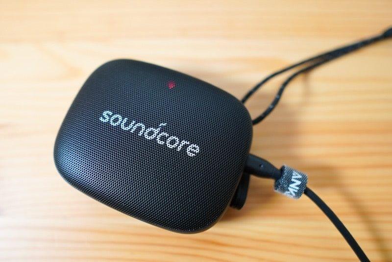 Soundcore Icon Mini付属の充電中のランプ