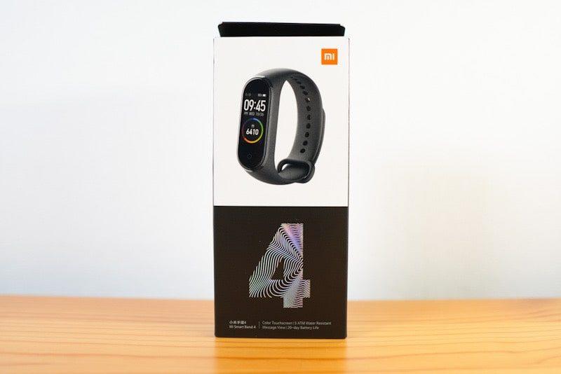 XiaomiのMi Band4の箱外観