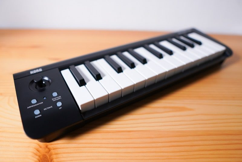 KORGのMIDIキーボード microKEY Airの本体