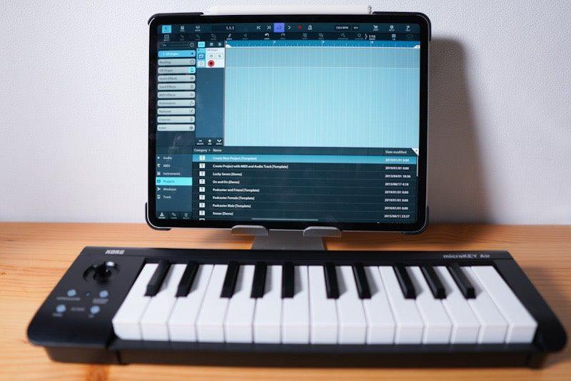 iPad ProとKORGのMIDIキーボード microKEY Air